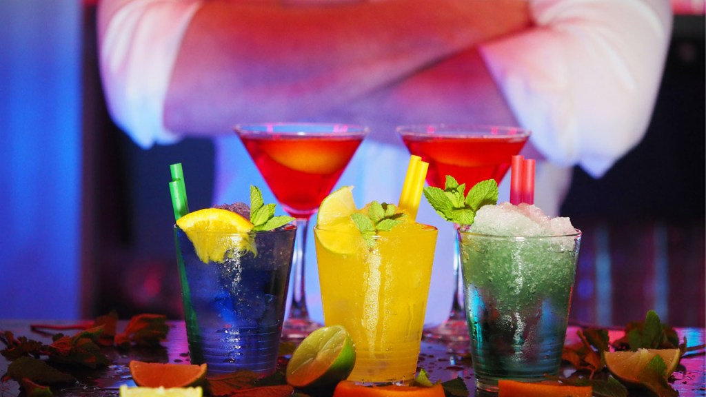 40000 Fewer Jobs in Drinks and Hospitality in 2022 as of Pandemic Set to Continue Economic Recovery