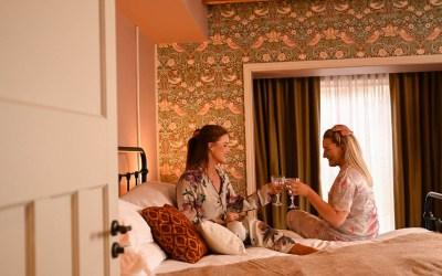 A Crackin' Christmas…At The Rabbit Hotel & Retreat