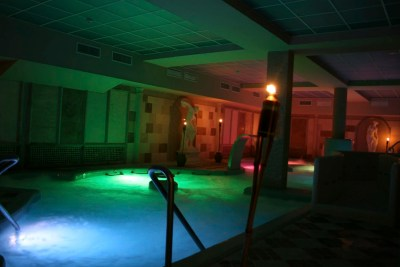 piscina-activa-4-spa-domus-aurea
