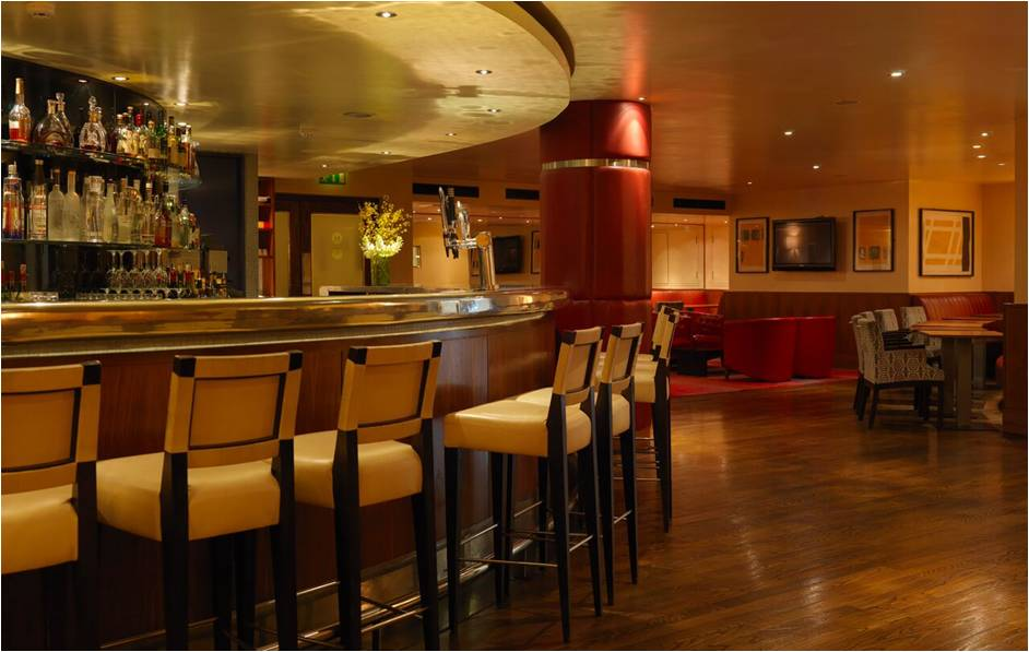 fitzwilliam-hotel-hotelconsultant.com-image-empty-bar-image.jpg.png