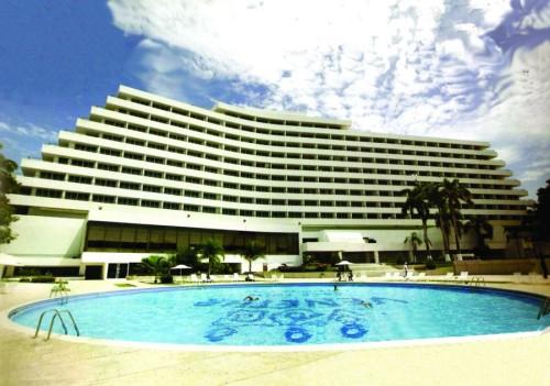 Resultado de imagen para hotel venetur puerto la cruz anzoategui