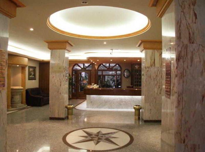Recepción del Hotel Victoria