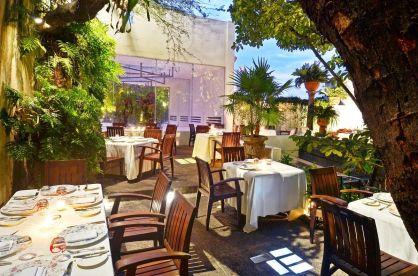 Café des Artiste Jardínes