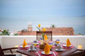 hoteles-boutique-de-mexico-hotel-luna-liquida-puerto-vallarta-desayuno-sol