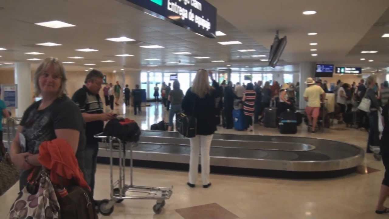 Entrega de equipaje en el aeropuerto de Cancún