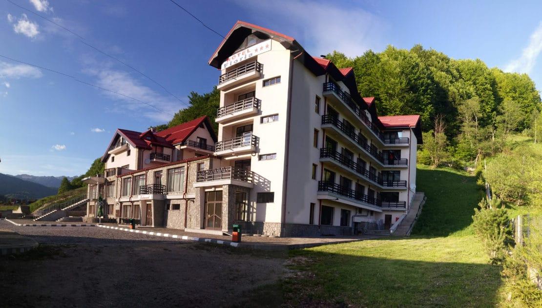 Exterior Hotel Floris Cheia