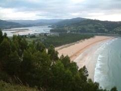 Mirador sobre la Playa de Rodiles (Villaviciosa, Asturias)