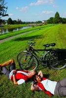 Mit dem Fahrrad durch die Solling-Vogler-Region. Foto: djd/Solling-Vogler-Region