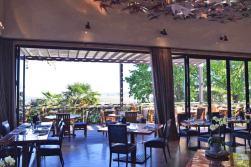 area interna do restaurante indochine