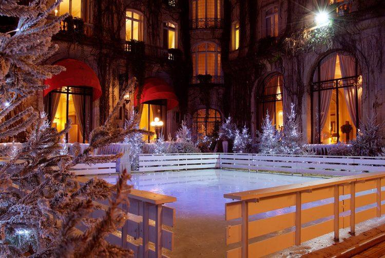 Rinque de patinação no gelo do Plaza Athénée