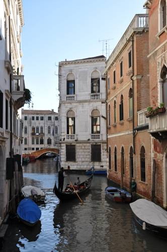 Casa Dei Pittori Venice Apartments Promotional Code