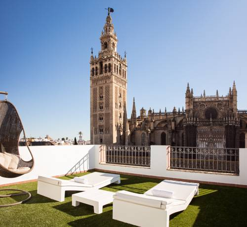 Puerta Catedral Apartments Promotional Code