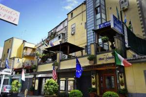 Hotel Colombo Napoli centro storico