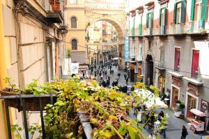 Apart Hotel Plebiscito Napoli, via Chiaia