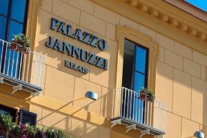 Palazzo Jannuzzi, hotel a Sorrento