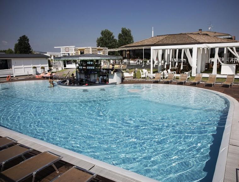 Hotel nei pressi di Bertinelli AgriBottega e Caseificio della Musica: Comfort e Benessere con Hotel Salus