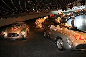 mercedes-benz-museum-02