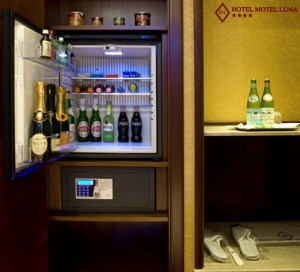 FrigoBar - camera suite - Hotel Motel Aeroporto Linate