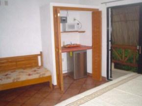 room9-21