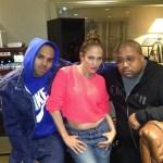 Jennifer Lopez in de studio met Chris Brown