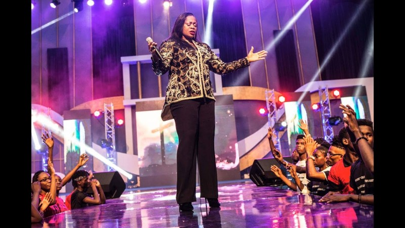 VIDEO: Sinach – Matchless Love