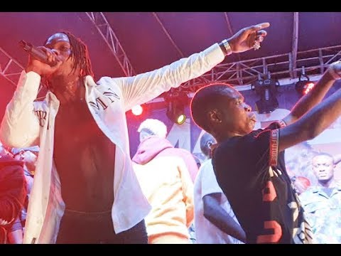 VIDEO: Naira Marley Performs at 2baba Live