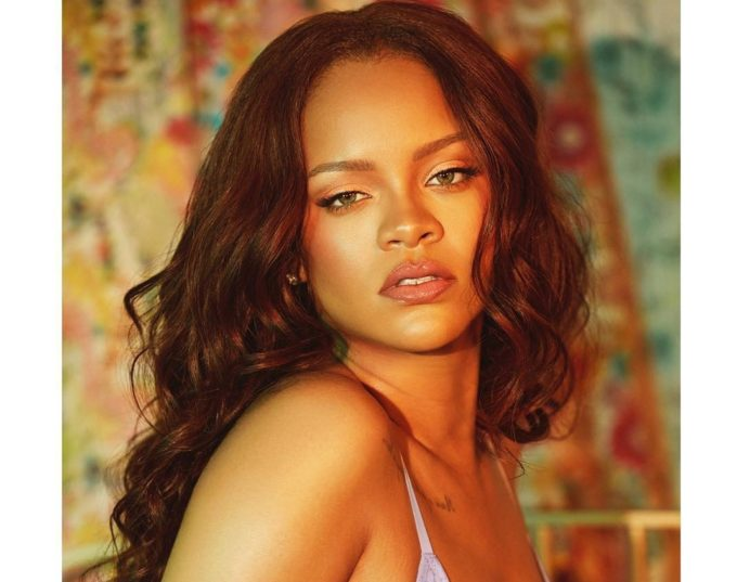 Rihanna Reportedly Releasing New Album In December