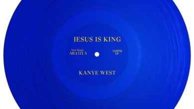 "Photo of Kanye West Officially Confirms New ""Jesus Is King"" Release Date"