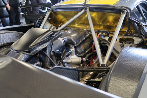 013-2020-Rolex-24-hours-Daytona-C8R-Corvette-Engine-bay-Image-spy-shot