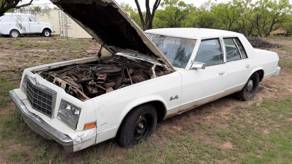 036 1981 plymouth gran fury police package