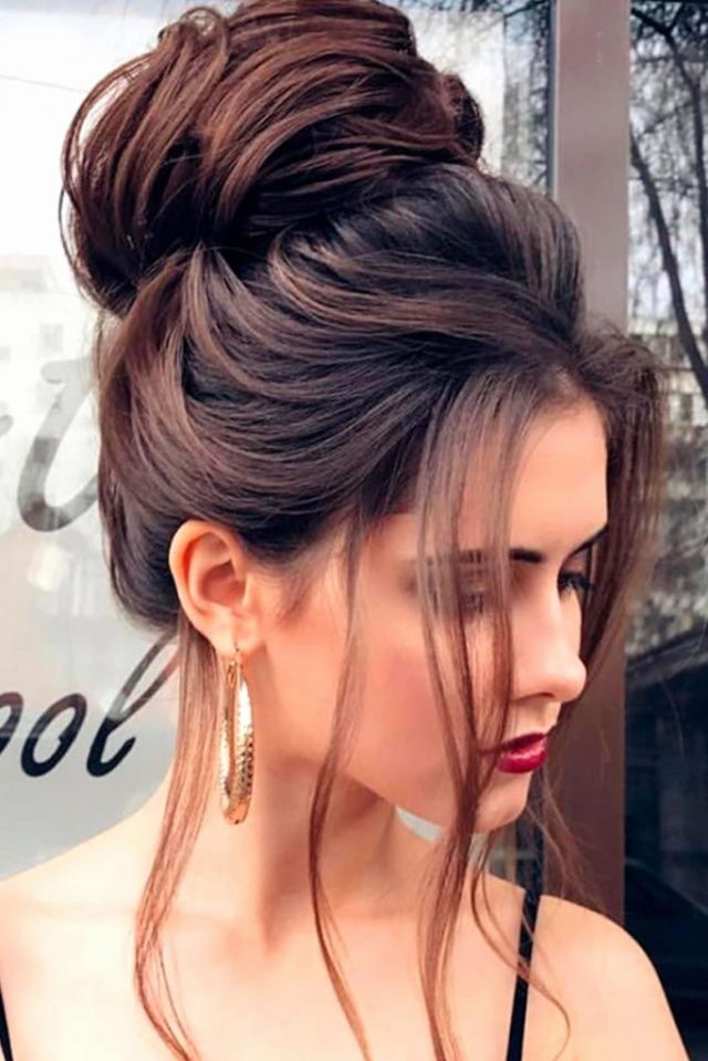 30 christmas party hairstyles to enhance your look