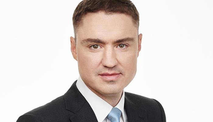 Pemimpin negara cerdas dan tampan: Taavi Roivas.