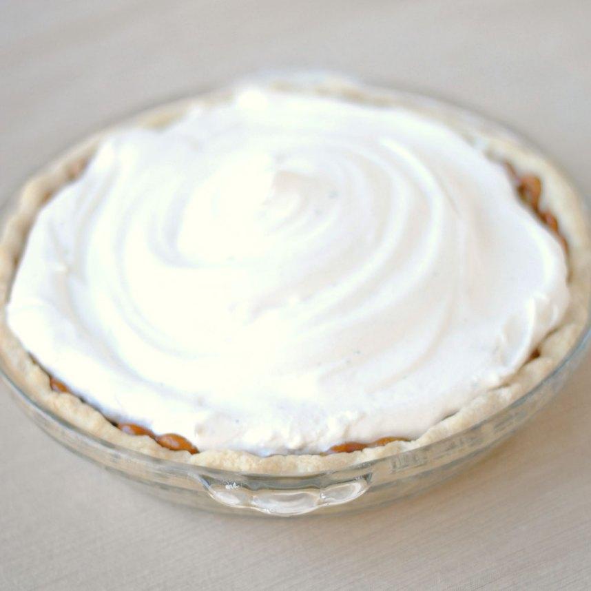 Marshmallow Thyme Meringue | Hottie Biscotti