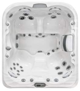 Jacuzzi J-425 hot tub