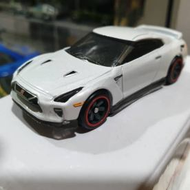 Hot-Wheels-id-001