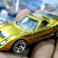 hot-wheels-id-2019-003