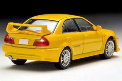 Tomica-Limited-Vintage-Neo-Mitsubishi-Lancer-GSR-Evolution-V-Yellow-7