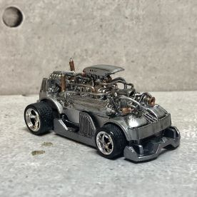 Hot-Wheels-Hyperliner-Rugrat-Custom-Works-010