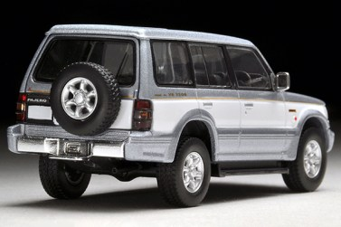 Tomica-Limited-Vintage-Neo-Pajero-Super-Exceed-Z-Silver-White-4
