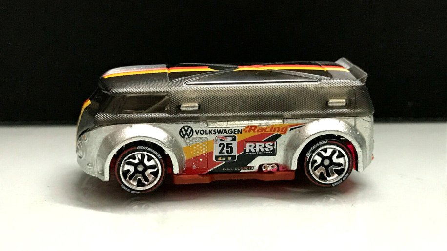 Hot-Wheels-id-Volkswagen-T1-GTR-6