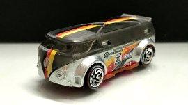 Hot-Wheels-id-Volkswagen-T1-GTR-7