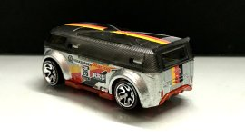 Hot-Wheels-id-Volkswagen-T1-GTR-8
