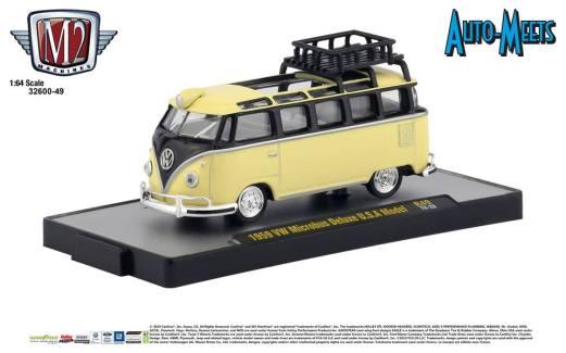 M2-Machines-Auto-Meet-49-1959-VW-Microbus-Deluxe-USA-Model