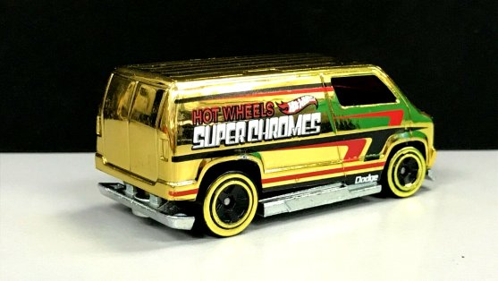 Hot-Wheels-2019- Custom-77-Dodge-Van-Gold-3