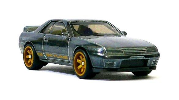 Hot-Wheels-2020-Super-Treasure-Hunt-Nissan-Skyline-GT-R-R32-001