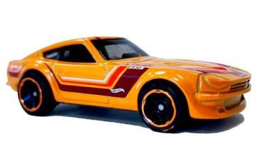 Hot-Wheels-Datsun-240Z-003
