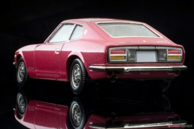 Tomica-Limited-Vintage-Nissan-Fairlady-Z-L-2-by-2-Wine-002