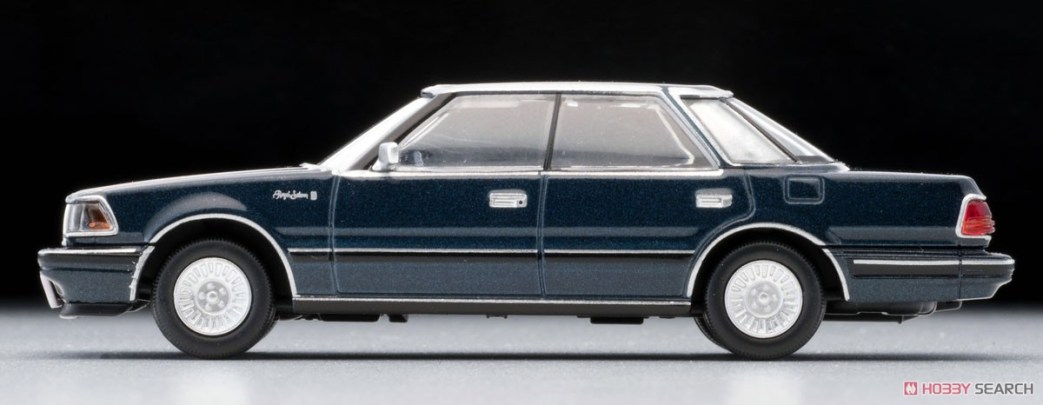 Tomica-Limited-Vintage-Toyota-Crown-3-Royal-Saloon-G-Navy-003