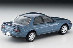 Tomica-Limited-Vintage-Neo-Nissan-Skyline-GTS25-TypeX-G-Green-002