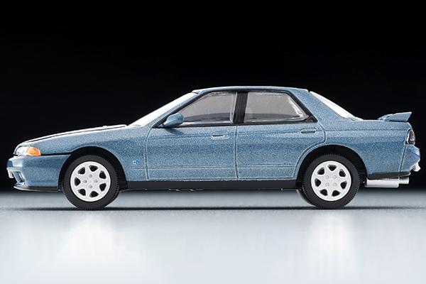 Tomica-Limited-Vintage-Neo-Nissan-Skyline-GTS25-TypeX-G-Green-006